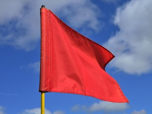 dt_151214_red_flag_800x600